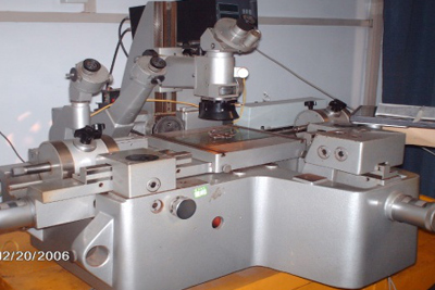 Microstructure analysis machine